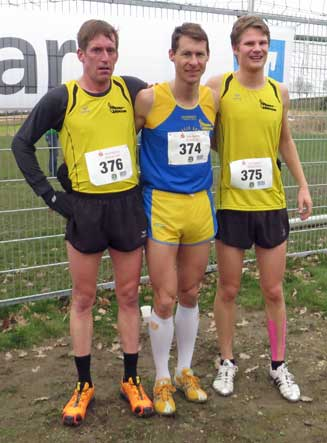 Das Bezirks-Cross-Team (v.li.) Sascha Jäger, Wolfgang Brandl und Felix Wagner
